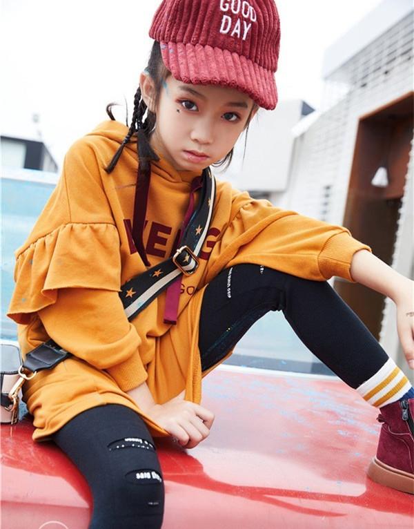 2018秋季流行什么颜色 秋季橙色衣服配什么颜色