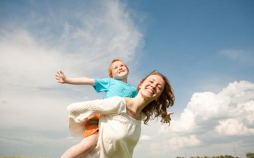 小儿肺炎治疗不及时可致心脏病 肺炎的诱因不可不防