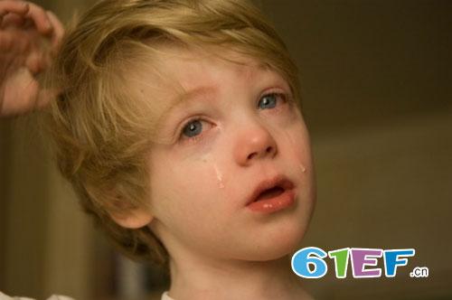家庭暴力给孩子带来的危害 如何正确的惩罚孩子