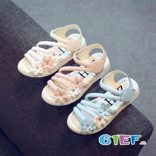 打造夏日最美女童凉鞋 哪一款才是你的最爱