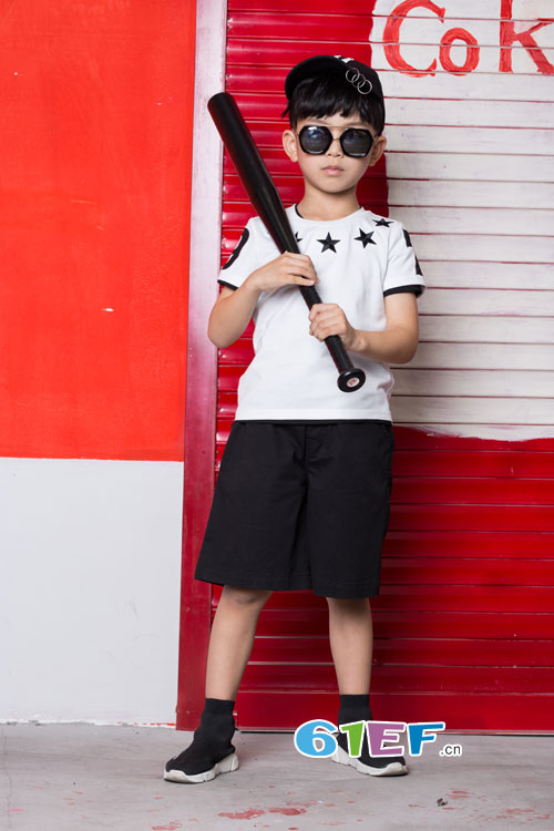 自由・孩子与生俱来――欧卡星童装品牌加盟!