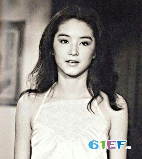 林青霞小女儿长相丑被吐槽 没有继承老妈漂亮基因