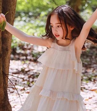 迷人的女童连衣裙 不需要多说 只有穿上了才会懂得