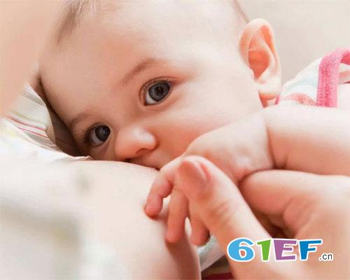 新手妈妈需要特别注意 母乳喂养的正确姿势