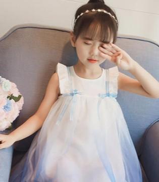"""俏丽可人女童连衣裙 一起享受""""花""""样年华"""