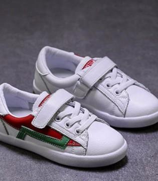 挑选一双时髦有品位的儿童鞋 有利于培养孩子时尚感