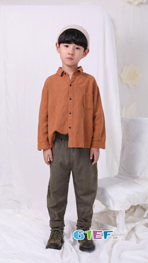 恋衣臣:孩子秋季衣服怎么穿?这样搭配有试过没?