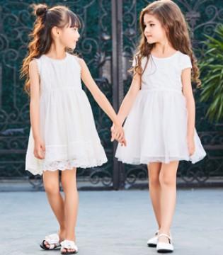 陪伴孩子的不只有父母 还有卡儿菲特品牌童装!
