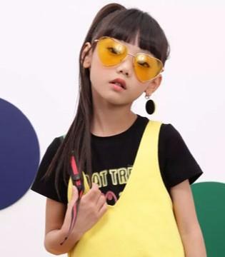 久久童装 暑假穿上小泡芙同款亲子装去感受自然吗?