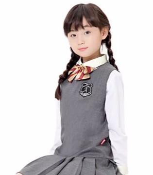审美观培养很重要 穿着不得体会影响孩子心理健康!