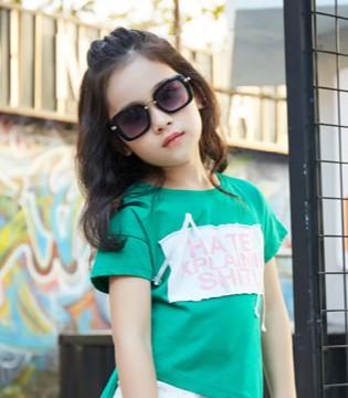 叽叽哇哇专为宝贝提供健康、快乐、时尚的童装