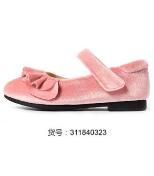 卓诗尼童鞋上市!萌萌的小鞋 捧着心都化了
