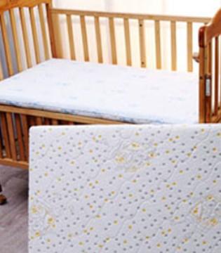 婴儿床都有哪些材质?宝宝睡婴儿床的好处
