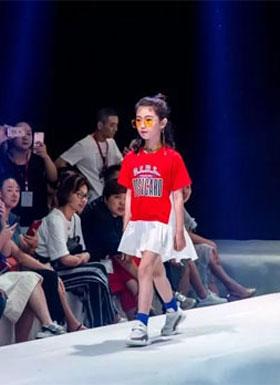 BBYY贝贝依依2019春夏新品发布会秀场重磅直击