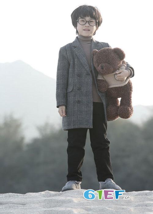 森虎儿:那些痛的记忆 化成温暖孩子的棉大衣!
