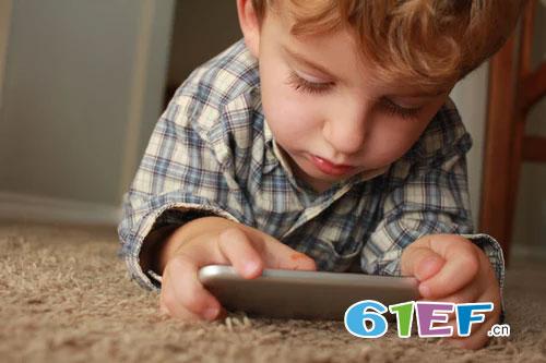 父母须知道 给孩子玩手机具体有哪些危害