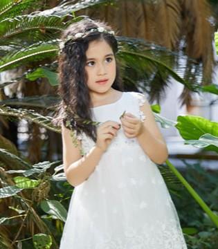 叽叽哇哇龙8国际娱乐官网  为儿童提供健康、快乐、时尚的龙8国际娱乐官网