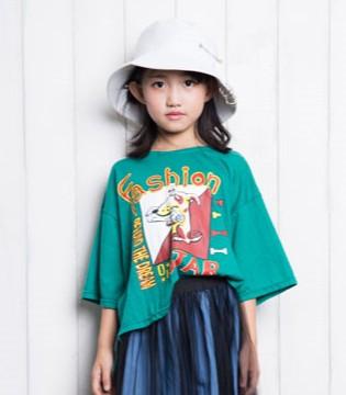 必不可少的时髦百搭女童T恤   点亮童年风采