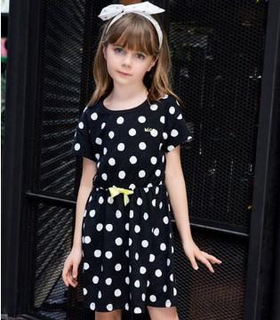 可娃衣:品类齐全的时尚购物空间 让致富拥有更多可能