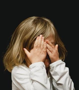 """你常挂嘴边的几句话 是给孩子埋下的""""定时炸弹""""!"""