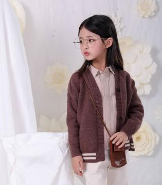 恋衣臣:孩子秋季穿什么外套既时髦好看又保暖?