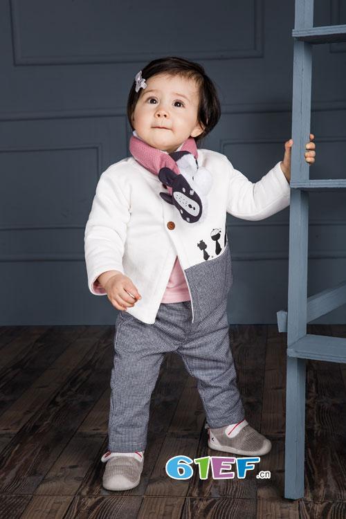 1001夜童装:为国庆假期助兴 为孩子的童年上色!