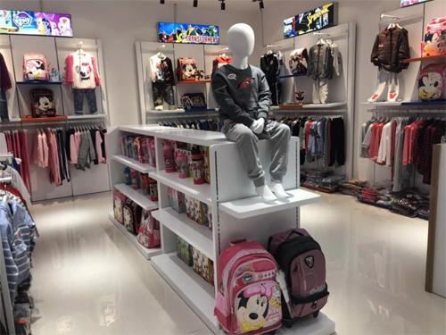 欢乐屋迪士尼主题儿童店 湖南省常宁市中银时代广场店开业