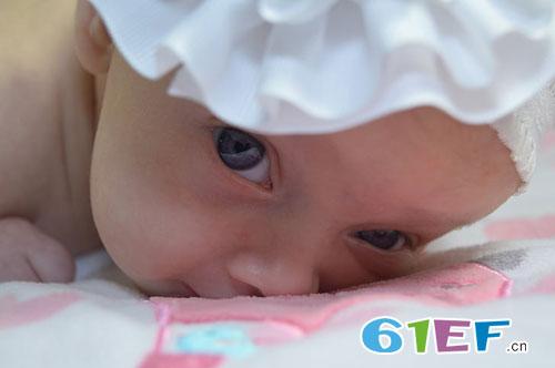 辅食喂养知识:1岁的小宝宝吃这些食物容易过敏!