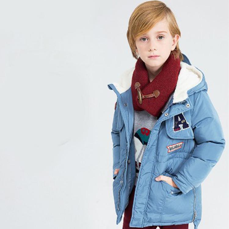 妈妈赶紧为孩子们挑选几件小神童冬装保暖吧!