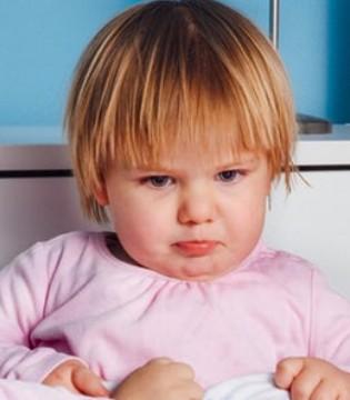 孩子患有耳病怎么滴耳药?掌握正确方法很重要!