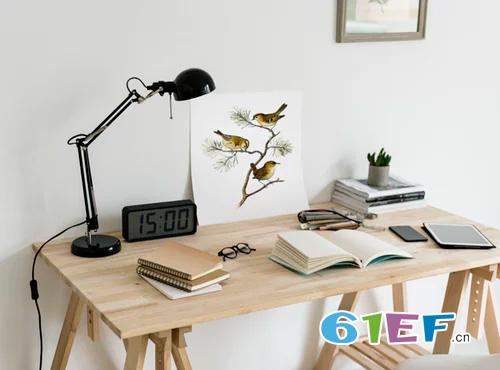 儿童书桌怎么挑选? 根据功能性、桌型挑选