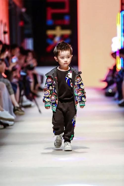 FolliFollie2019A/W潮变·中国国际儿童时尚周
