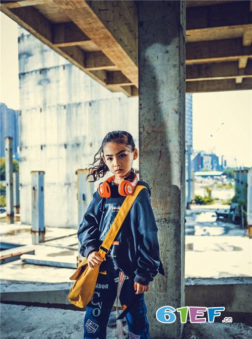 打造都市时尚风童装 为孩子的童年鲜艳上色!