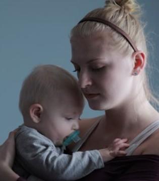 如何正确的给宝宝冲奶粉  冲奶粉正确步骤