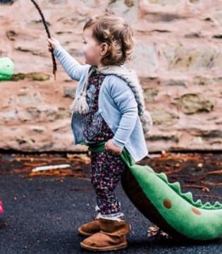 EMUAustralia童鞋 给你的宝贝温暖的呵护