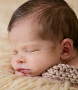 新生儿和父母一起睡 需要注意哪些问题?