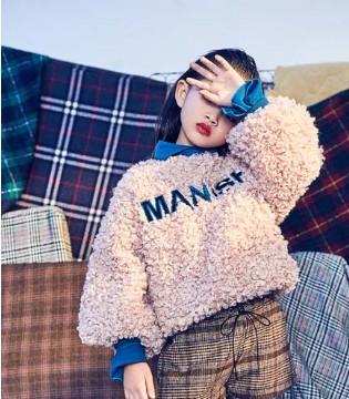 小资范童装品牌 这个秋冬羽绒和毛衣都不能少