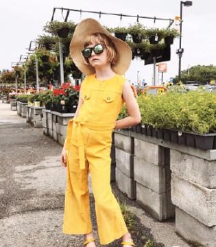 时尚又可爱的网红小萝莉Olive Elise Abercrombie