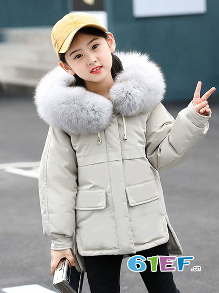 儿童保暖外套别忽略 这样穿搭不平庸!