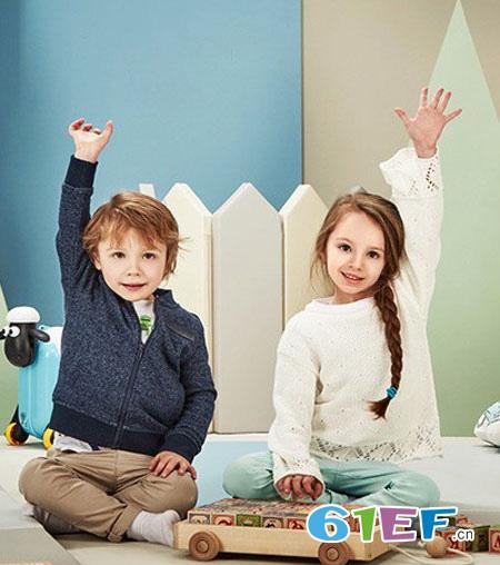 不同年龄段的孩子 适合玩不同的玩具