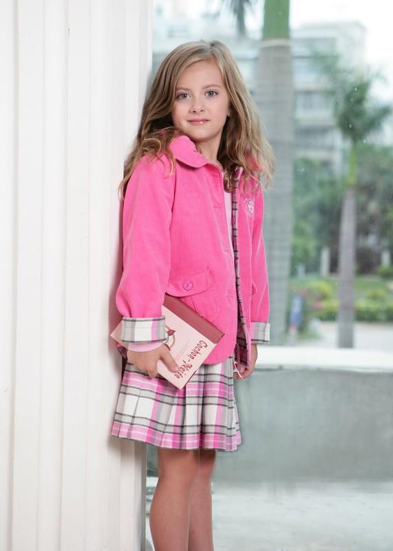今秋的初冬之季 小神童品牌陪你起步