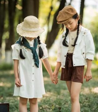 DHAIII童装 这里有一片童话森林 这里的文艺满满都是爱