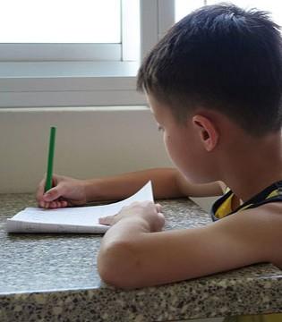 辅导孩子做作业真恐怖!辅导孩子写作业的正确姿势!