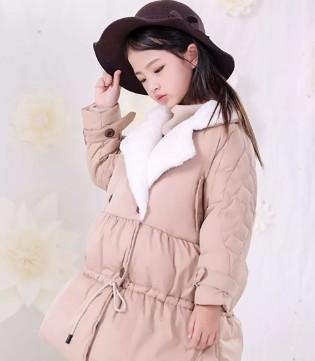 冬季必备单品——羽绒服  恋衣臣品牌龙8国际娱乐官网告诉你这么穿