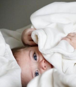 新生儿如何护理?除了不能抱睡还要注意这几点