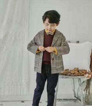 厉害了我的小王子 穿了小嗨皮比老爸还要潮