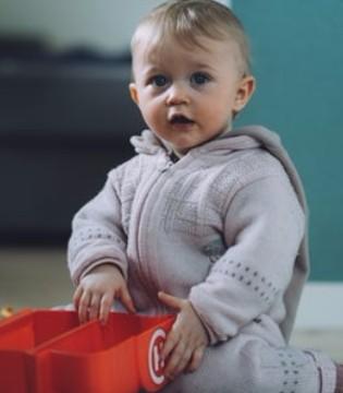 一岁以内婴幼儿生活习惯应该怎样培养?