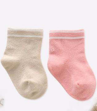 怎么给孩子挑选袜子  按照袜子款式挑选