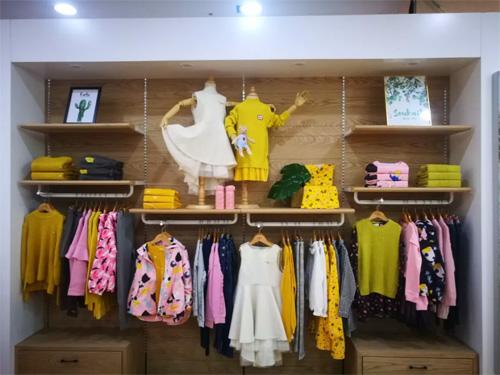 水孩儿童装现已入驻山东日照新玛特购物广场