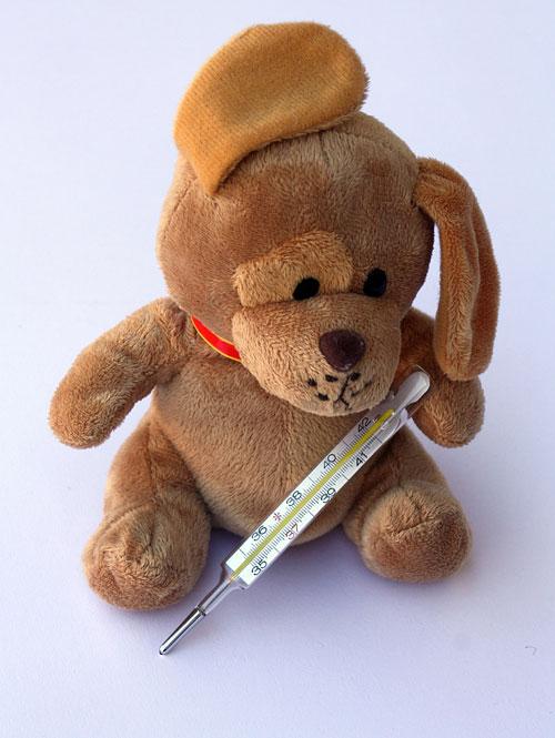 冬季孩子易发烧  治疗感冒这样做比较好!